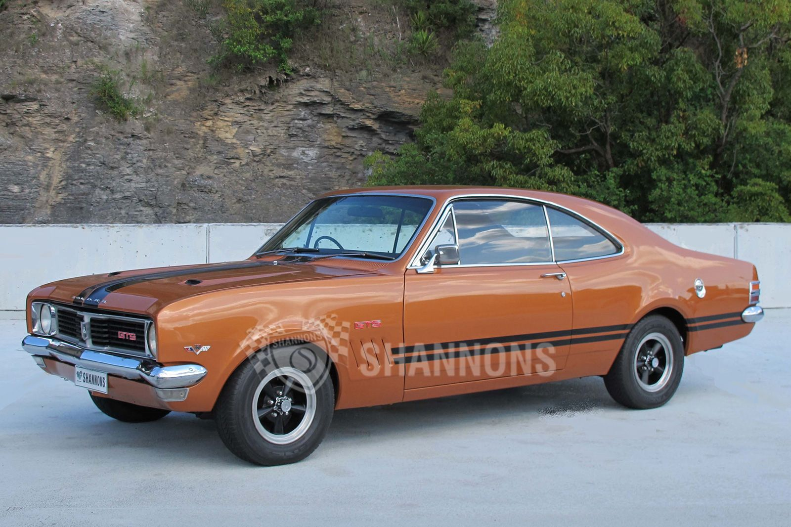 1969 Holden HT Monaro GTS 350 'Bathurst' Coupe