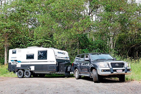 Option -RV-Traction -towed -by -Toyota