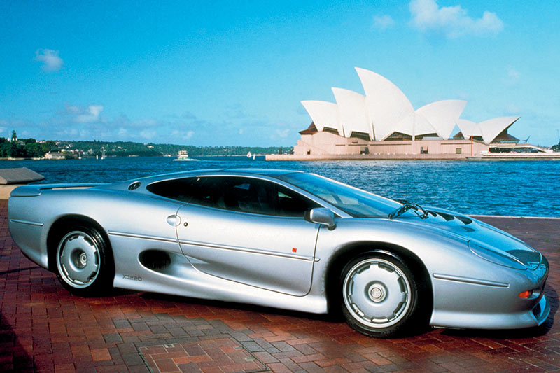 Jaguar -xj 220-supercar