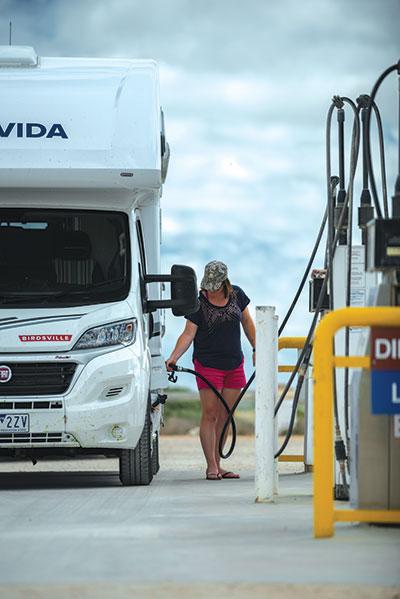 Avida -Birdsville -at -petrol -station