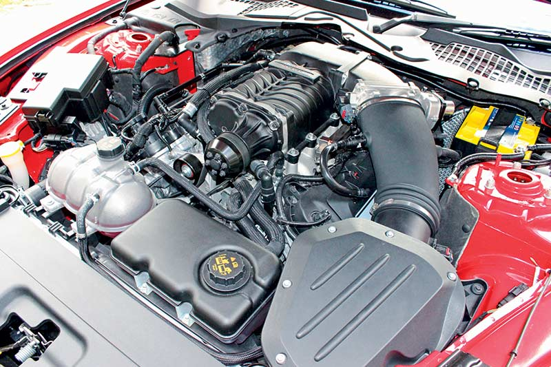 Roush -mustang -engine -bay