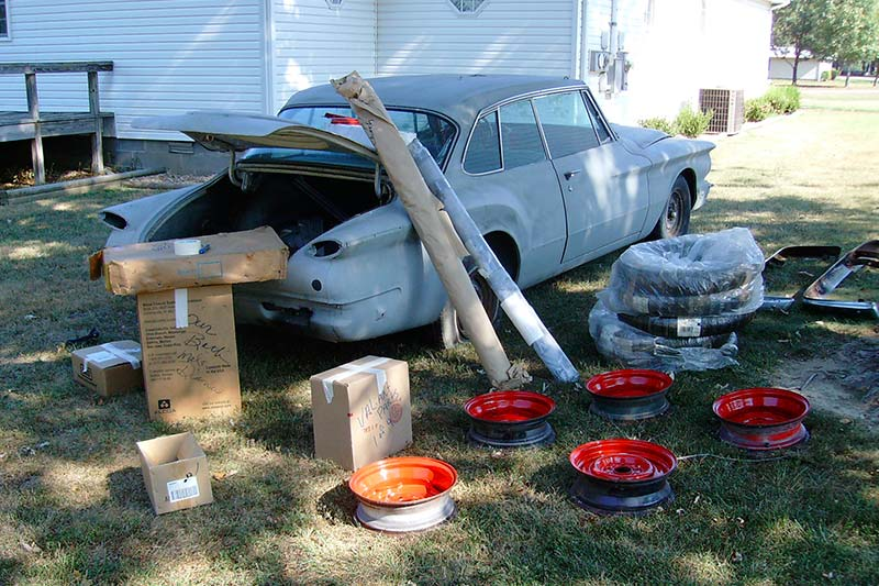 Plymouth -valiant -before -resto