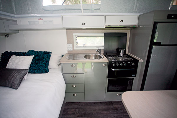 Goldstream -1800-Bunk -7