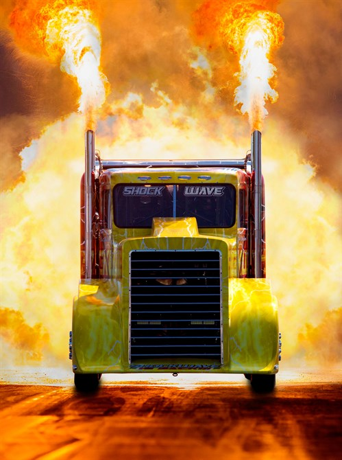 Shockwave Truck FLAMES