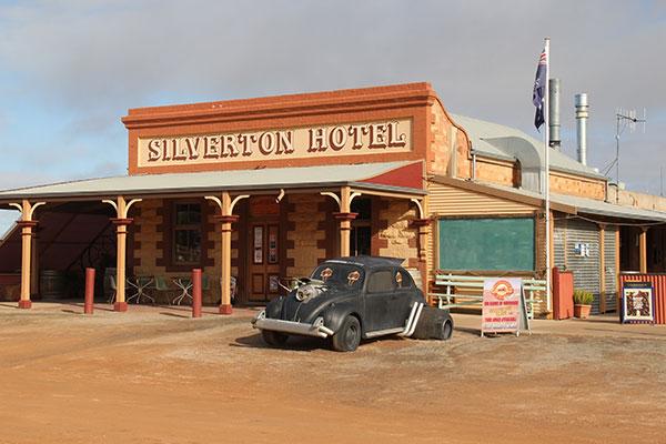 The -Silverton -Hotel