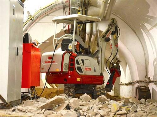 TB-216-mini -excavator -hybrid --1