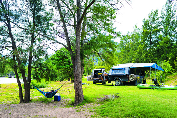 Top Riverside Campsites Wollondilly River Station 1