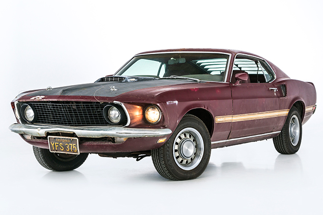 Ford -mustang -front -angle