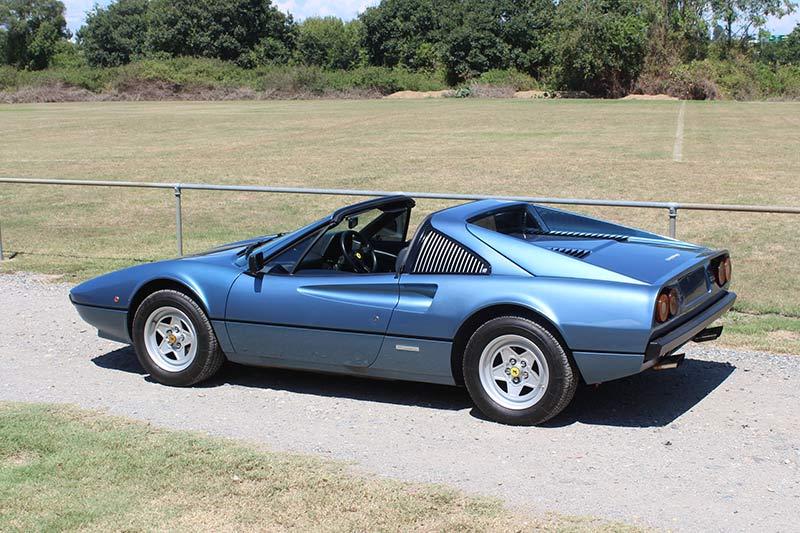 Ferrari -308-2