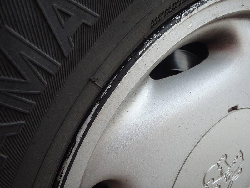 Holden -commodore -wheel