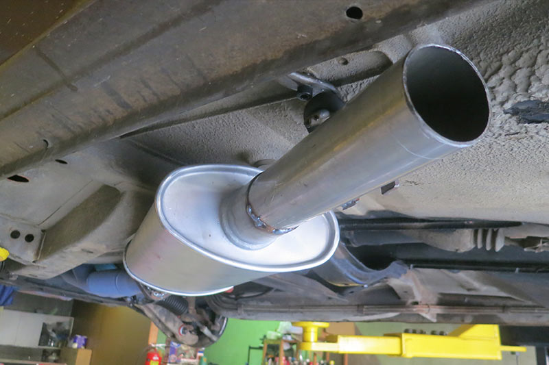 Holden -vc -commodore -exhaust