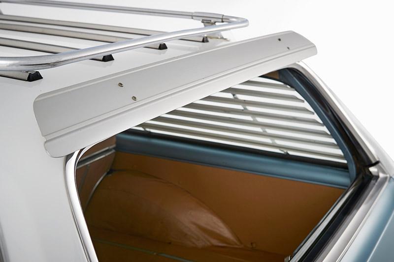 Holden -hz -kingswood -interior -rear
