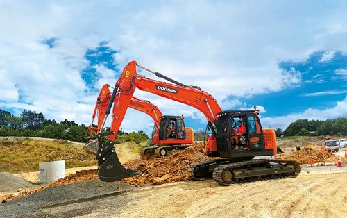 The -Doosan -DX235LCR-has -an -exceptional -lifting -capacity