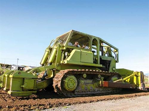 Terex -8240-bulldozer -1