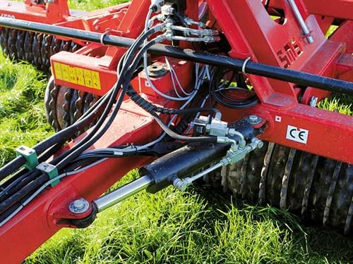 Titan -Roll -Seed -Roll -steering -drawbar