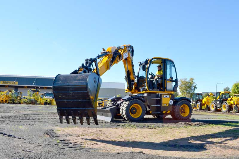 JCB Hydradig in backhoe mode