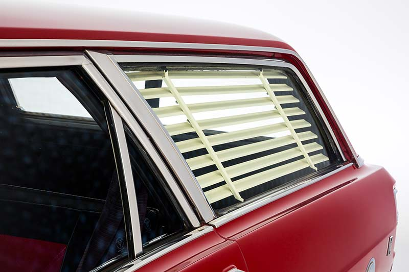 Ford -xy -falcon -wagon -blind