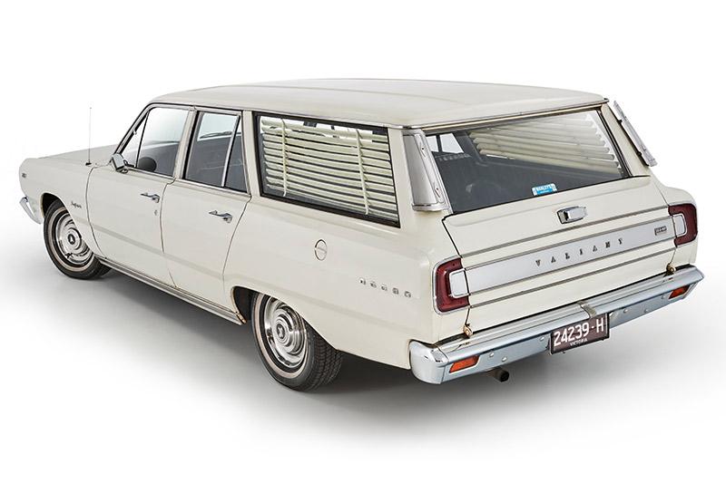 Chrysler -valiant -wagon -rear -angle