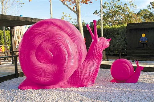 The -pink -snails