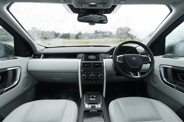 Land -Rover -Discovery -Sport -SE-TD4-7