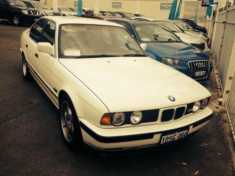 1991 BMW E34 M5