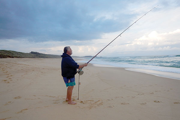 Surf -beach -fishing -at -the -South -Coast -NSW-during -the -sunset