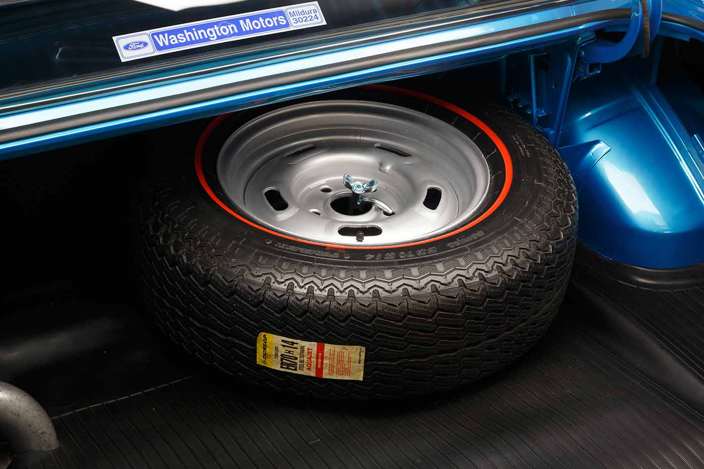 Tyre -in -boot