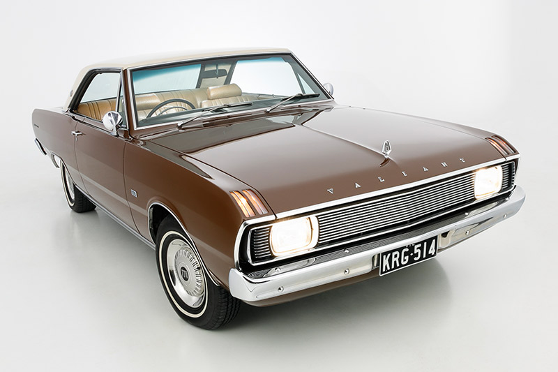 Chrysler -valiant -front -angle -2