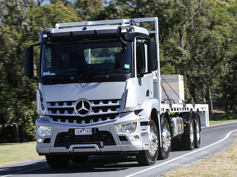 Based on the heavy-duty Arocs platform, new Benz eight-wheeler is a vital addition to the rigid range