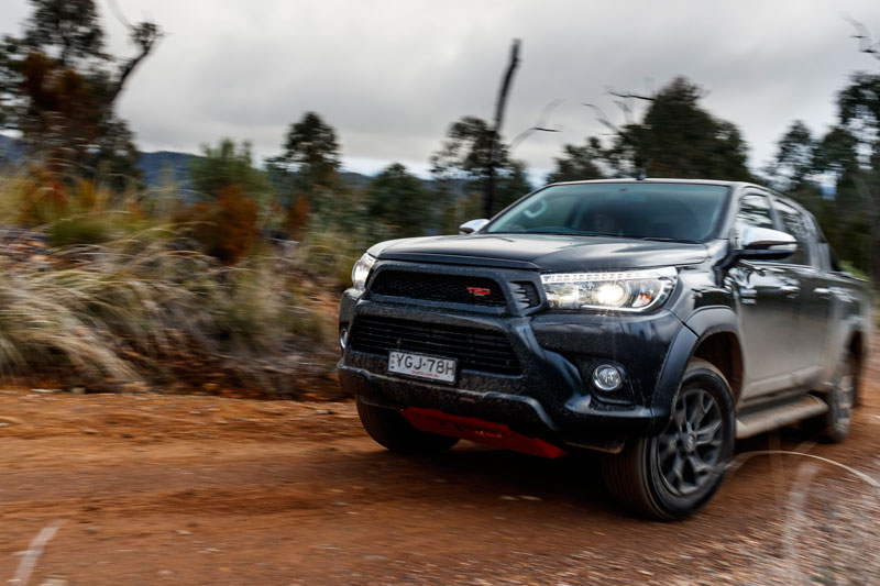 Toyota -Hilux -TRD-ute -2