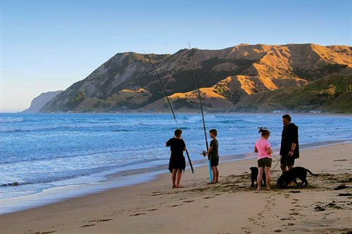 Kids ,-dogs -and -evening -fishing ,-Anaura -Bay