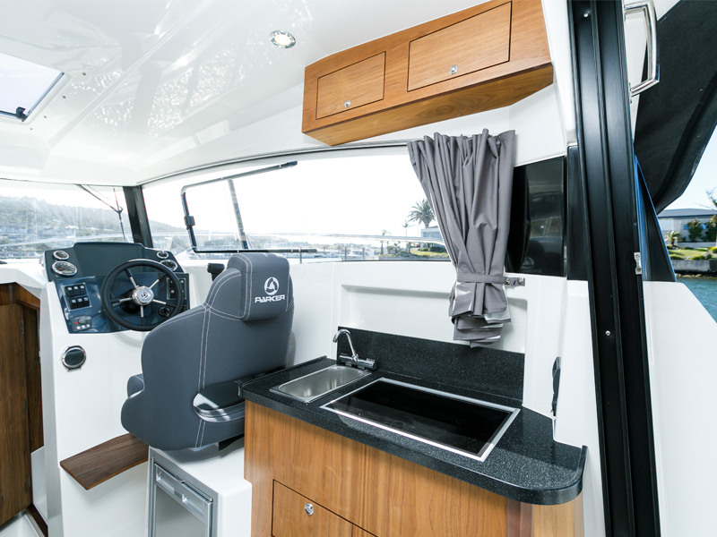 Trade -a -Boat Parker 800 Weekend Review Galley And Stove
