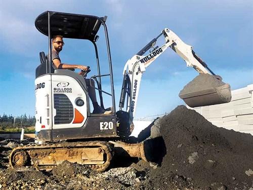 Bobcat -E20-excavator -2