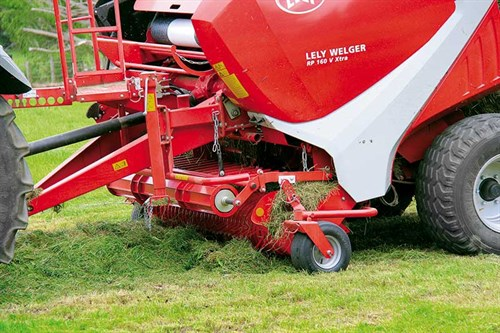Large -windrow -roller