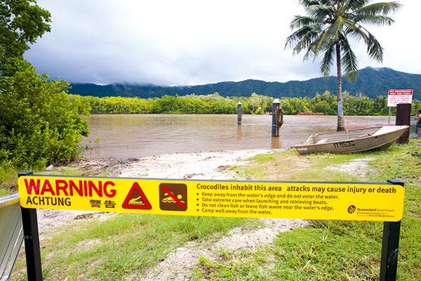 Warning -crocodiles -sign