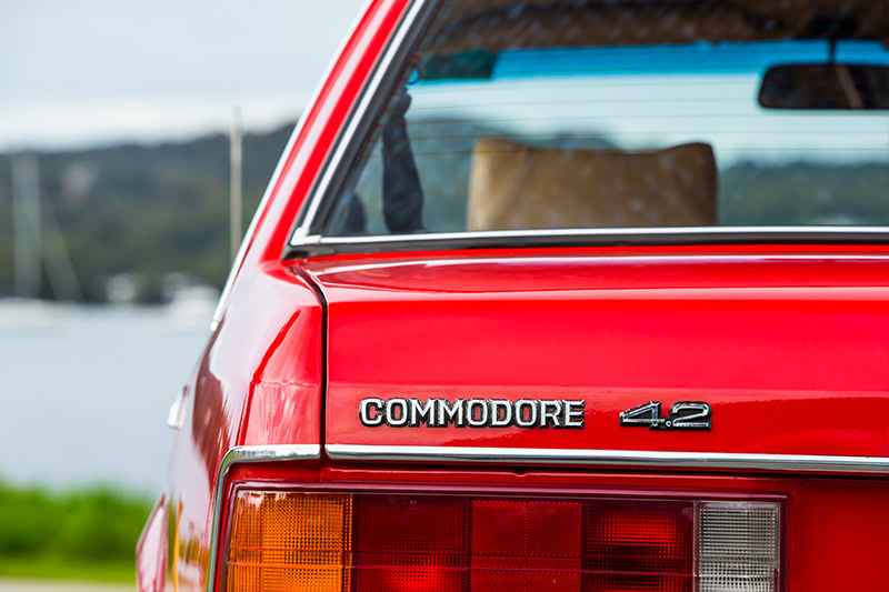 Holden -commodore -boot