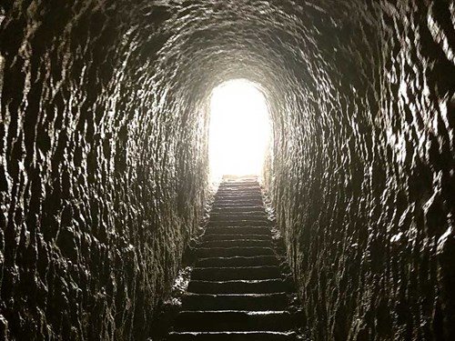150-steps -carved -through -the -cliff