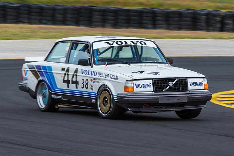 Volvo -240t -ontrack -2