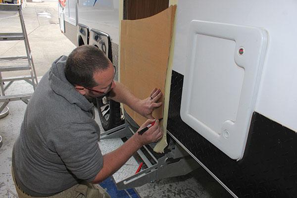 Caravan -door -frame -measuring