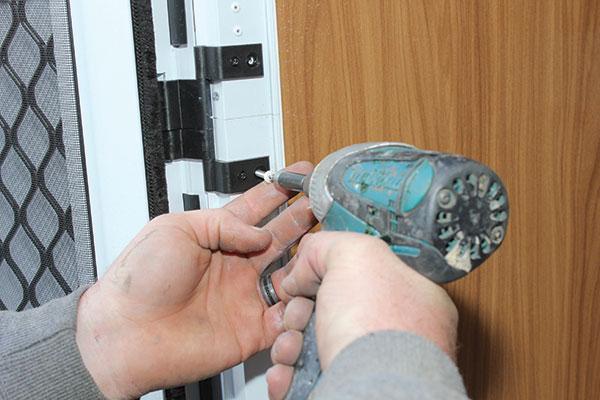 Screws -fitted -around -aperturefor -the -caravan -door
