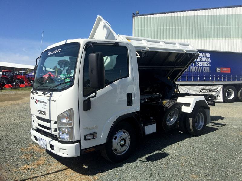 Isuzu -NLR-45-150-tipper -truck