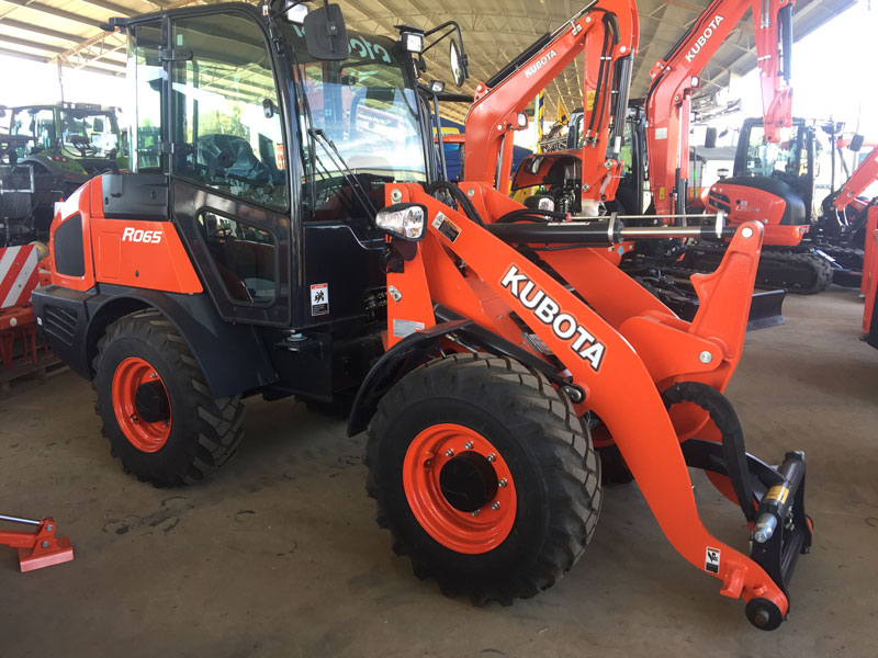 Kubota -R065-wheel -loader