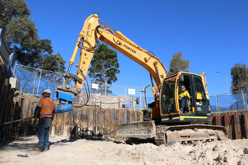 Hyundai 145CR-9 excavator