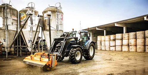 AT-Valtra -new