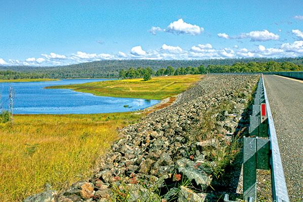 The -Bjelke -Petersen -Dam