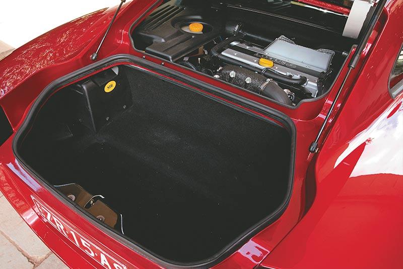 Lotus -europa -boot