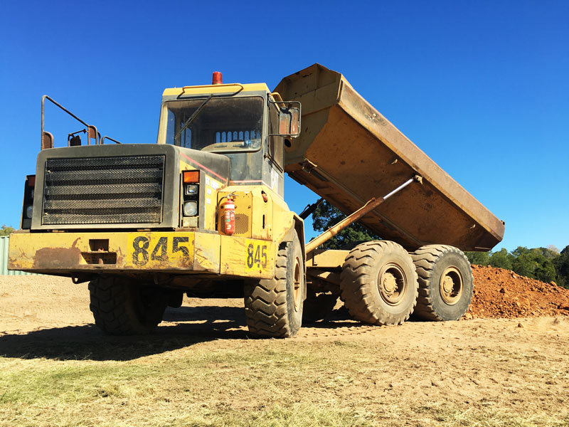 Cat -D250E-articulated -dump -truck