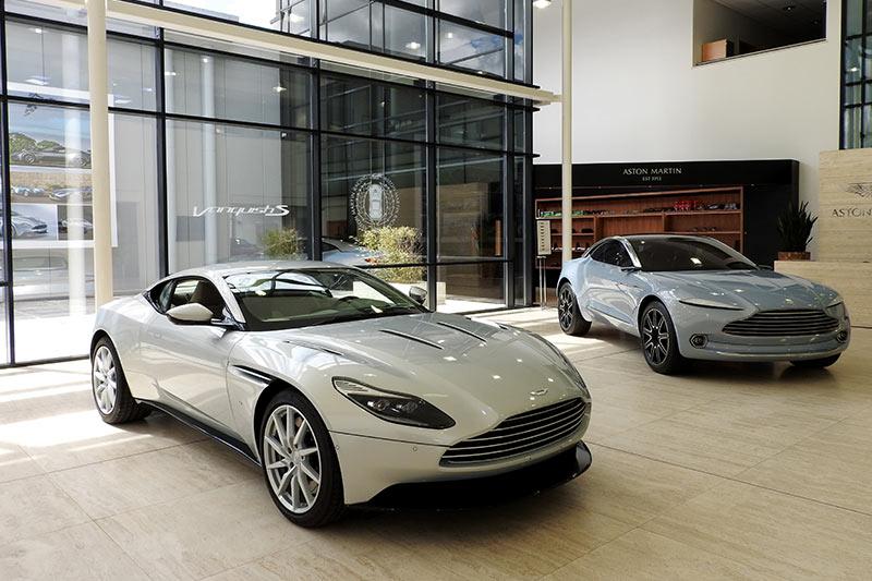 Aston -martin -18