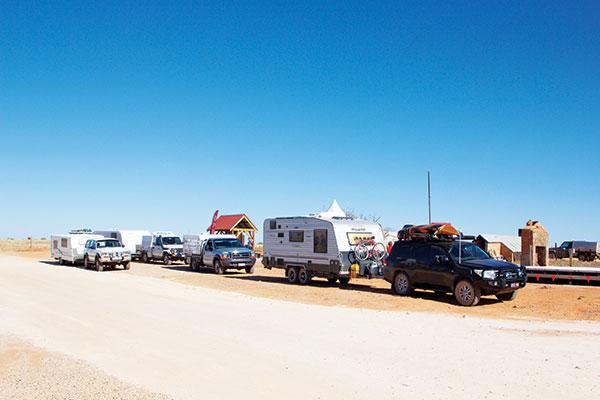 Caravan -convoy -in -Farina
