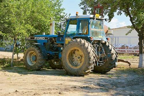 TW25-tractors